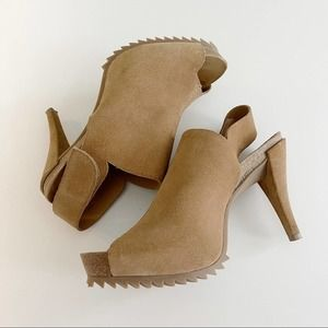 Pedro Garcia | Suede Slingbacks with Serrated Sole